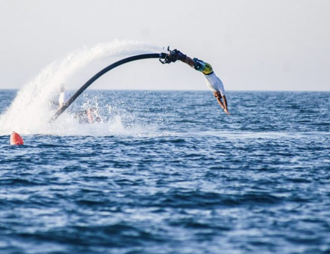 scuola-windsurf-768-surf-vieste-puglia-wakeboard-sup-affitto-FLYBOARD6